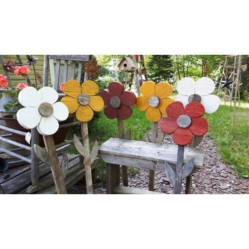 fleur en bois de grange. Black Bedroom Furniture Sets. Home Design Ideas