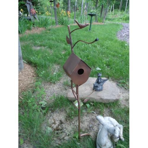 Piquet de jardin maisonnette for Piquet decoratif jardin